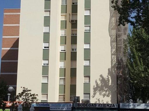 Rehabilitación de fachadas en la calle General Fanjul (Madrid)
